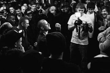 Sur le site Rap Franc Sévère, le Marchand'Art s'est appliqué à réaliser un classement abouti des cinquante meilleurs rappeurs de tous les temps selon des critères parfaitement objectifs.