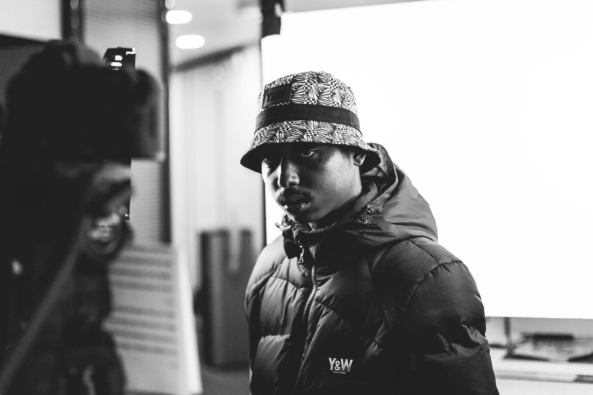 Alors qu'il apparaît sur la toute récente compilation de son label, le rappeur parisien a annoncé la sortie de son prochain album en novembre.