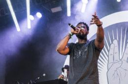 Pris à partie par la communauté hip-hop depuis l'annonce des nommés, Gilles Désangles, directeur général des Victoires de la Musique a apporté quelques précisions pour Le Parisien.