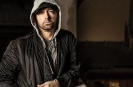 """EN ECOUTE : Eminem fait son grand retour avec """"Revival"""", son neuvième album"""