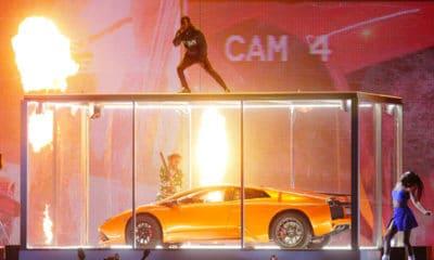 BritAwards : KendrickLamar et Rich the Kid détruisent une Lamborghini sur scène