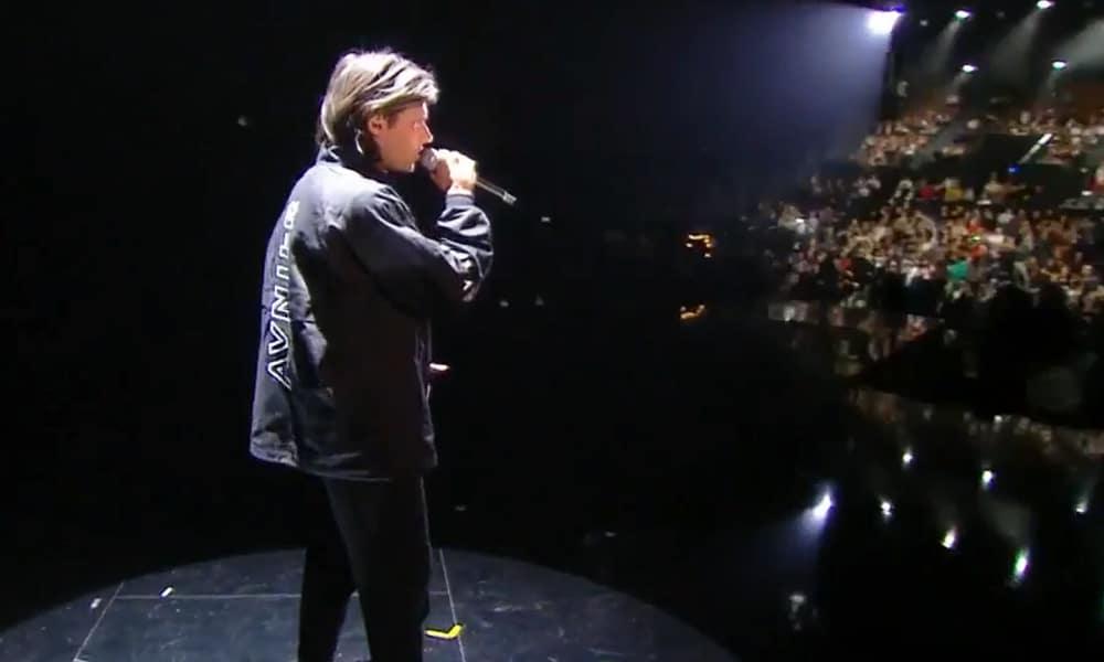 """VIDÉO : Revivez le live éblouissant d'Orelsan aux Victoires de la Musique sur le titre """"San"""""""