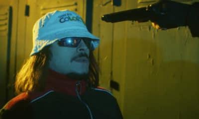 """Vidéo : Lorenzo revisite Batman dans le clip de """"Tu le C"""""""