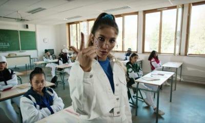 Chilla se rebelle contre l'éducation dans son clip « 1er jour d'école»