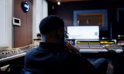« J'y retourne » : Oui, oui, Damso est de retour en studio