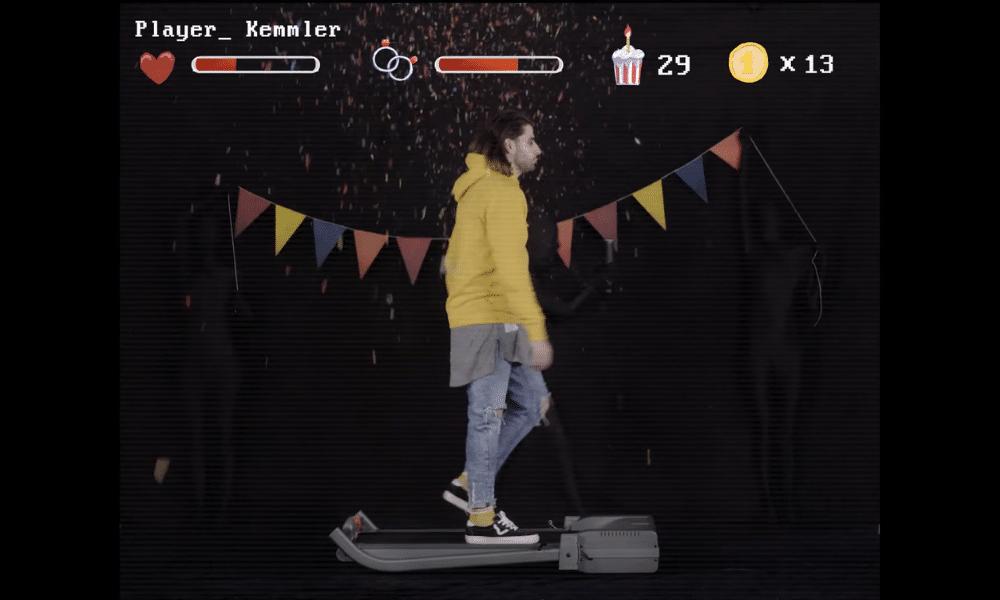 Une mise en abyme vidéo-ludique et rétro pour le dernier clip de Kemmler