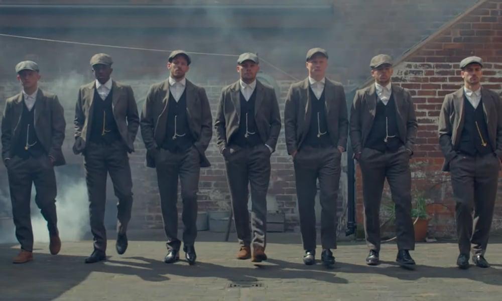 Pour promouvoir ses nouveaux maillots, le Birmingham FC s'inspire des Peaky Blinders