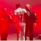 Koba LaD se fait interpeller sur la scène du Zénith de Paris